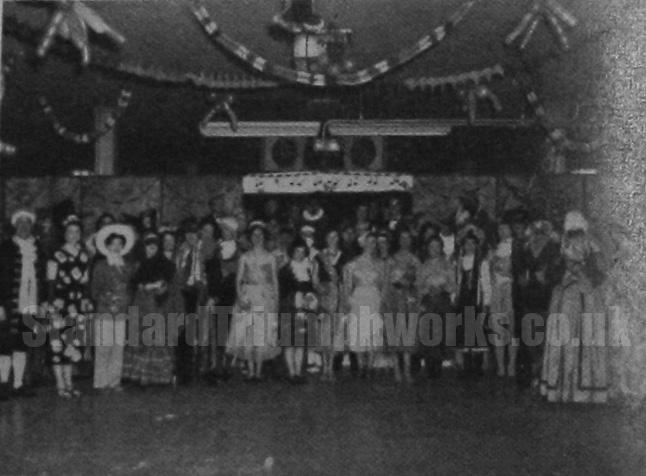 spares-christmas 1954