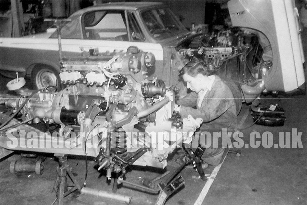 Triumph sabrina engine